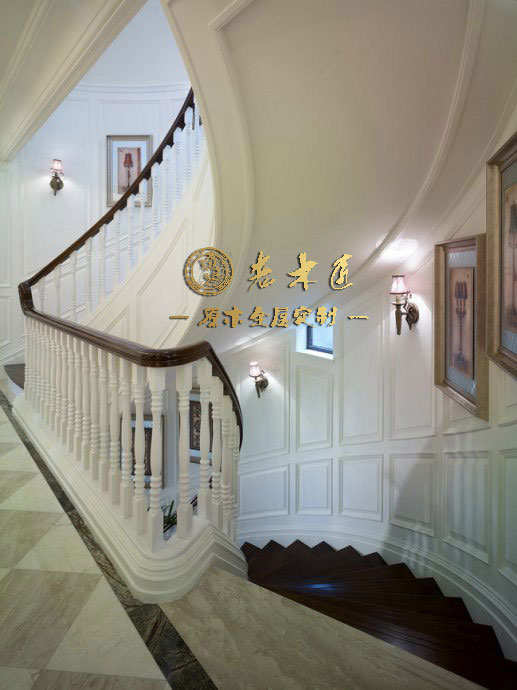 现代风格实木楼梯扶手