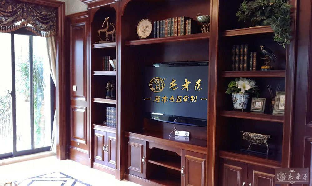 实木电视柜厂家老木匠十大电视柜品牌,产品开裂变形,双倍赔付!
